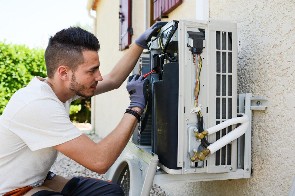 [infographic] 5 Tips To Prepare HVAC For Spring | HVAC