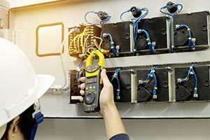 commercial electrician at work in el paso